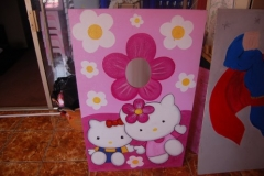 Hello-Kitty-Photo-Board