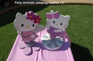 Hello Kitty Table Décor