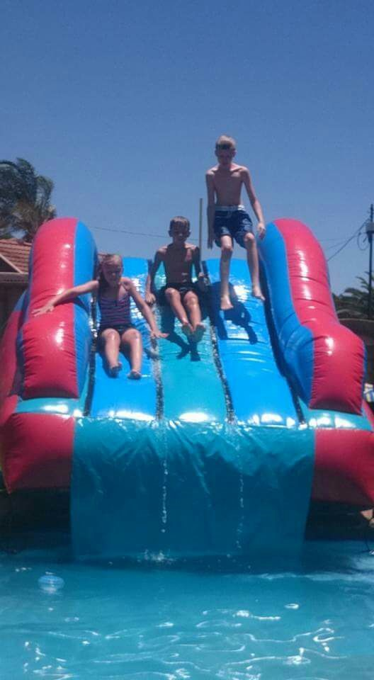Pool Slides_1_Fun_4_Party_Animals_For_all_your_Jumping_Castles_and_party_hire_needs