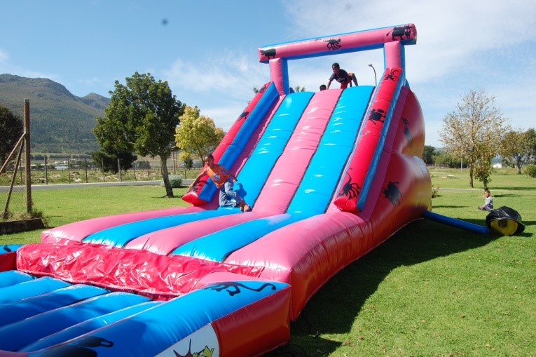Gladiator and Pool Extension_1_Fun_4_Party_Animals_For_all_your_Jumping_Castles_and_party_hire_needs