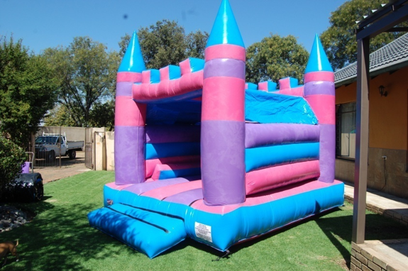 Princess Castle 2 Fun 4 Party Animals For all your Jumping Castles and party hire needs