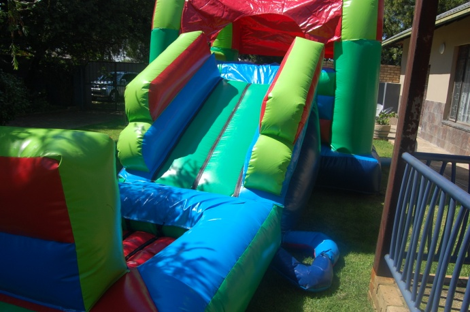 Medium Slide Ball Castle 2 Fun 4 Party Animals For all your Jumping Castles and party hire needs