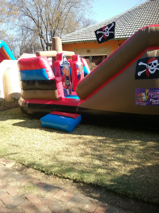 Red Hawk 2 Fun 4 Party Animals For all your Jumping Castles and party hire needs