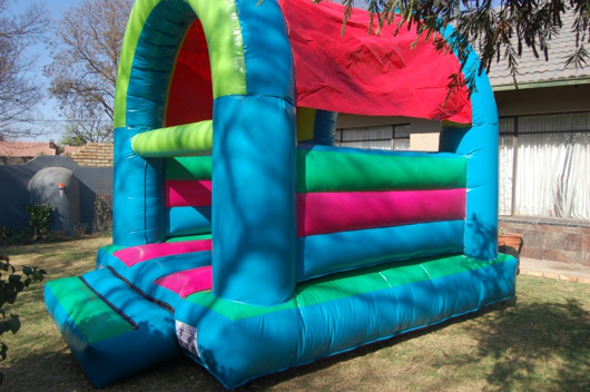 Medium Castle 2 Fun 4 Party Animals For all your Jumping Castles and party hire needs